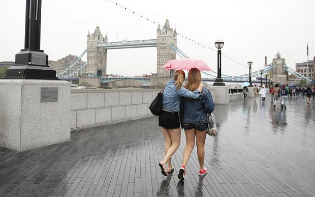 london walking
